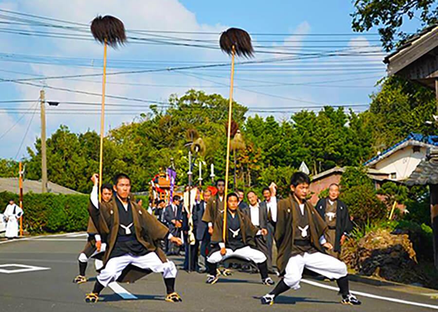宇久島神社例大祭(しゃぐま棒引き)